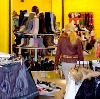 Магазины одежды и обуви в Кадые